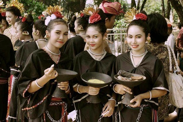 Lombok Traditions